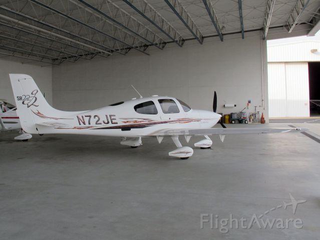 Cessna Skyhawk (N72JE)