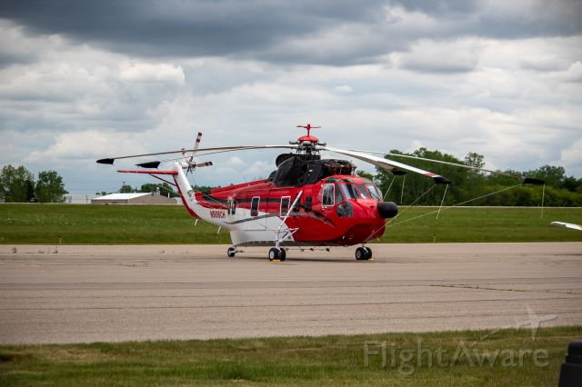 Sikorsky Sea King (N906CH) - One of CHI Aviation's colorful S-61N's resting on the FBO ramp.