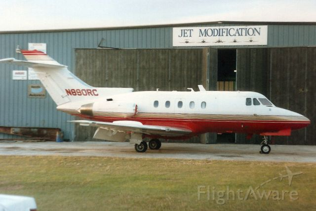 Hawker Siddeley HS-125-400 (N890RC) - Seen here in Jan-92.<br /><br />Reregistered N888CJ in May-94.<br />Registration cancelled 17-Jan-18 as expired.<br />Broken up at MDJB.