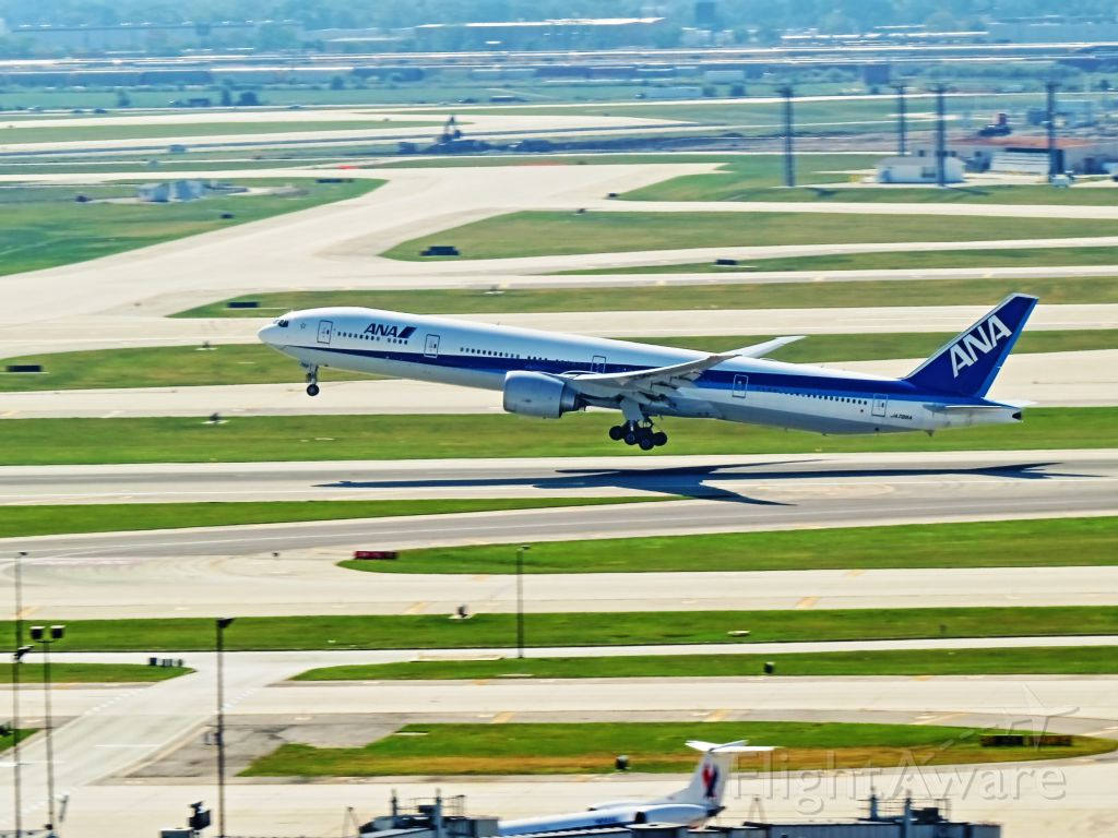BOEING 777-300 (JA788A)