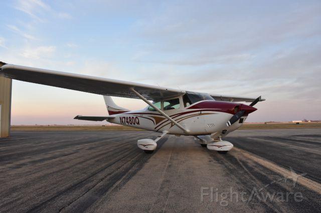Cessna Skylane (N7480Q)