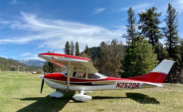 Cessna Skylane (N2520R) - Garden Valley, Idaho