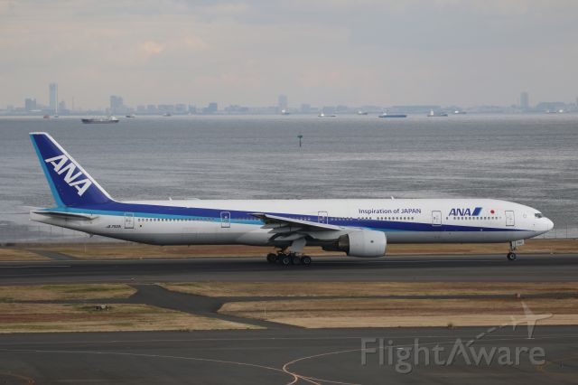 BOEING 777-300 (JA752A) - 23 December 2016:HND-CTS.