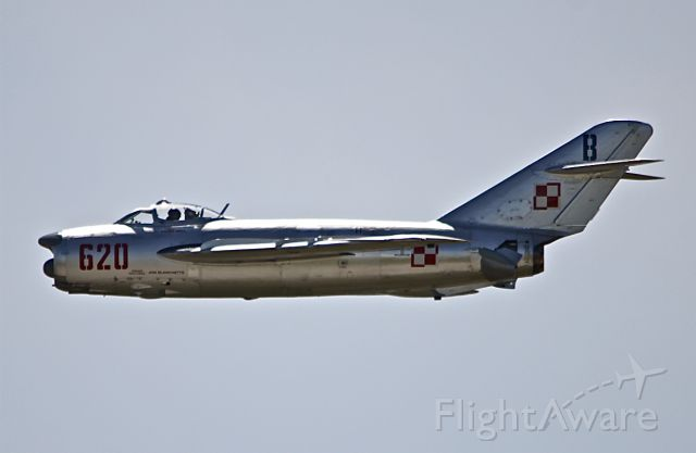 """NX620PF — - RANDY BALL IS FLYING A MIG 17PF, """"FRESCO D"""", AT THUNDER OF NIAGARA. THIS ONE OF TWO IN THE USA AND THE ONLY ONE FLYING IN THE WORLD. THE OTHER IS AT NELLIS (IN THE PETTING ZOO). THIS WAS THE FIRST PUBLIC SHOW FOR THIS AIRCRAFT. THE OWNER AND THE MAN WHO REBUILT IT IS JOHN BLANCHETTE AND THE AIRCRAFT IS BASED AT ELM,N.Y. THANKS TO RANDY BALL, WWW.FIGHTERJETS.COM , FOR THE INFORMATION."""