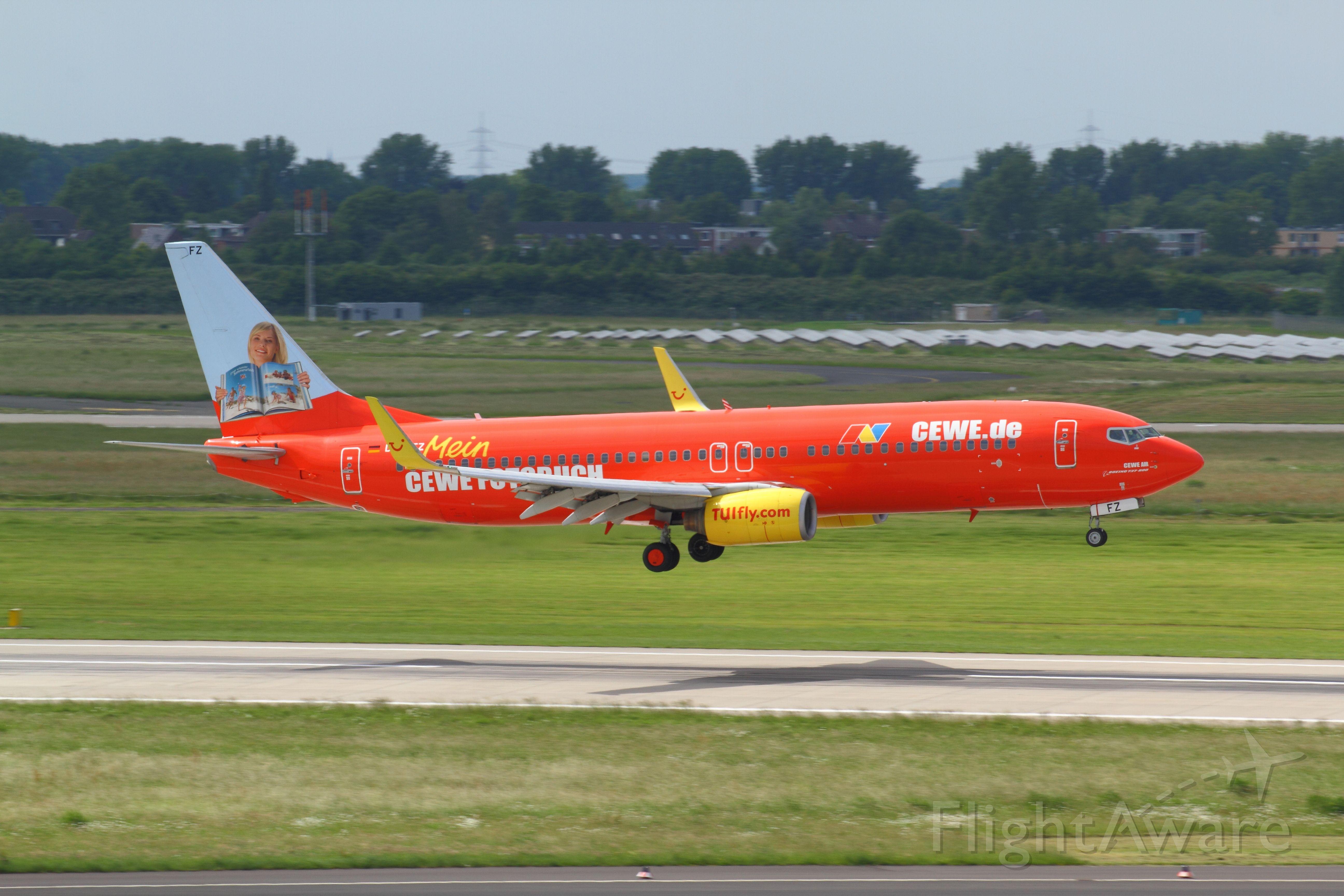 Boeing 737-800 (D-AHFZ) - 30.05.2014