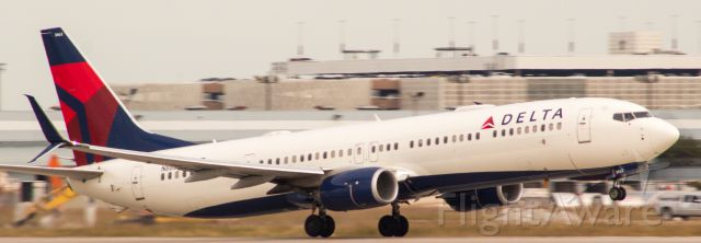 Boeing 737-900 (N863DN) - #StrudelShot