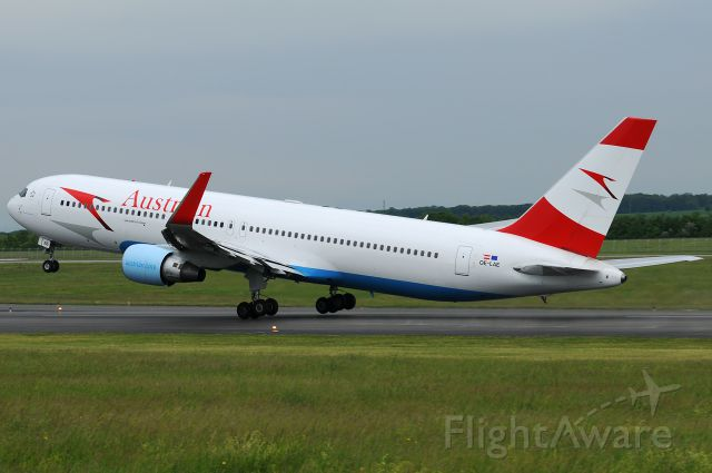 BOEING 767-300 (OE-LAE)