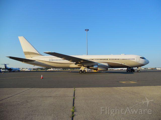 BOEING 767-300 (P4-MES) - Russian Billionaire Roman Abramovichs private B767-300er @ Logan airport.