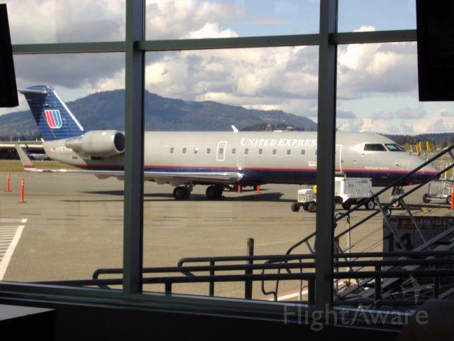 Canadair Regional Jet CRJ-200 (N957SW) - YYJ-SFO