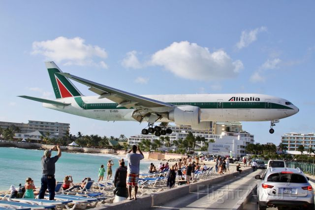Boeing 777-200 (EI-ISD)