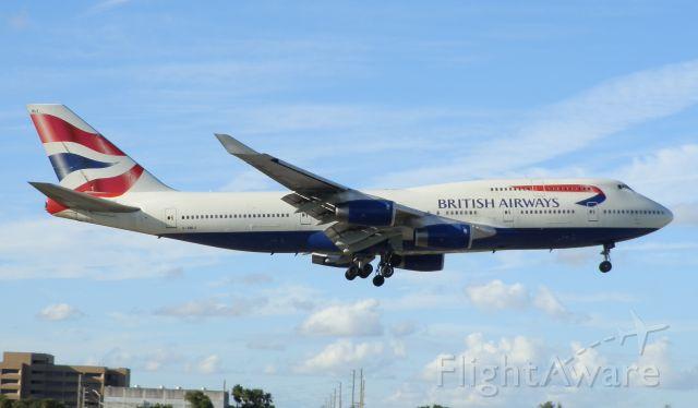 Boeing 747-400 (G-BNLY)