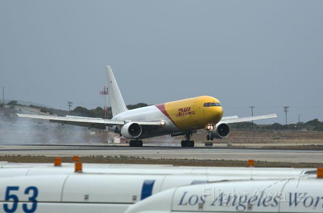 N220CY — - Early morning touchdown LAX.
