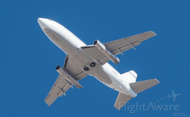 Boeing 737-200 (N703S)