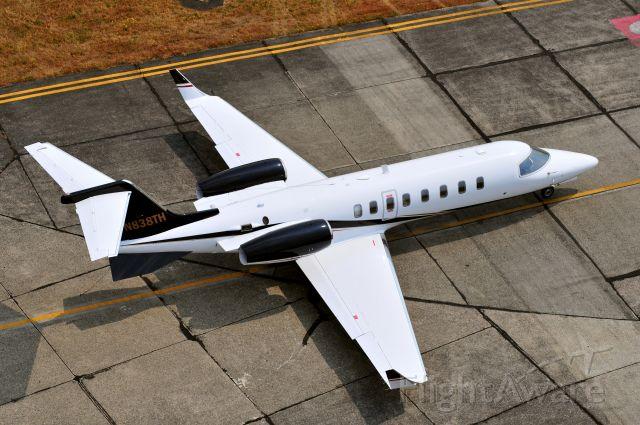 Learjet 45 (N838TH)