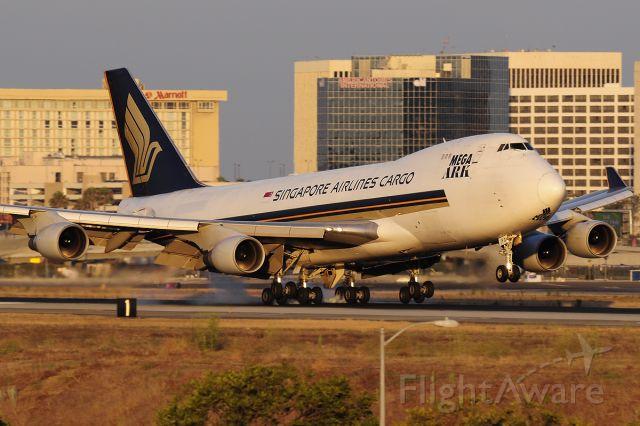 Boeing 747-400 (9V-SFG)