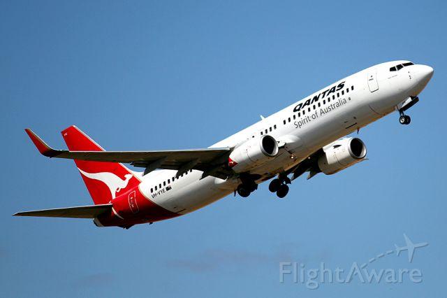 Boeing 737-800 (VH-VYE) - Taken at Adelaide International 09/11/2014 camera Canon 550D 300mm Canon 300mm Lens.