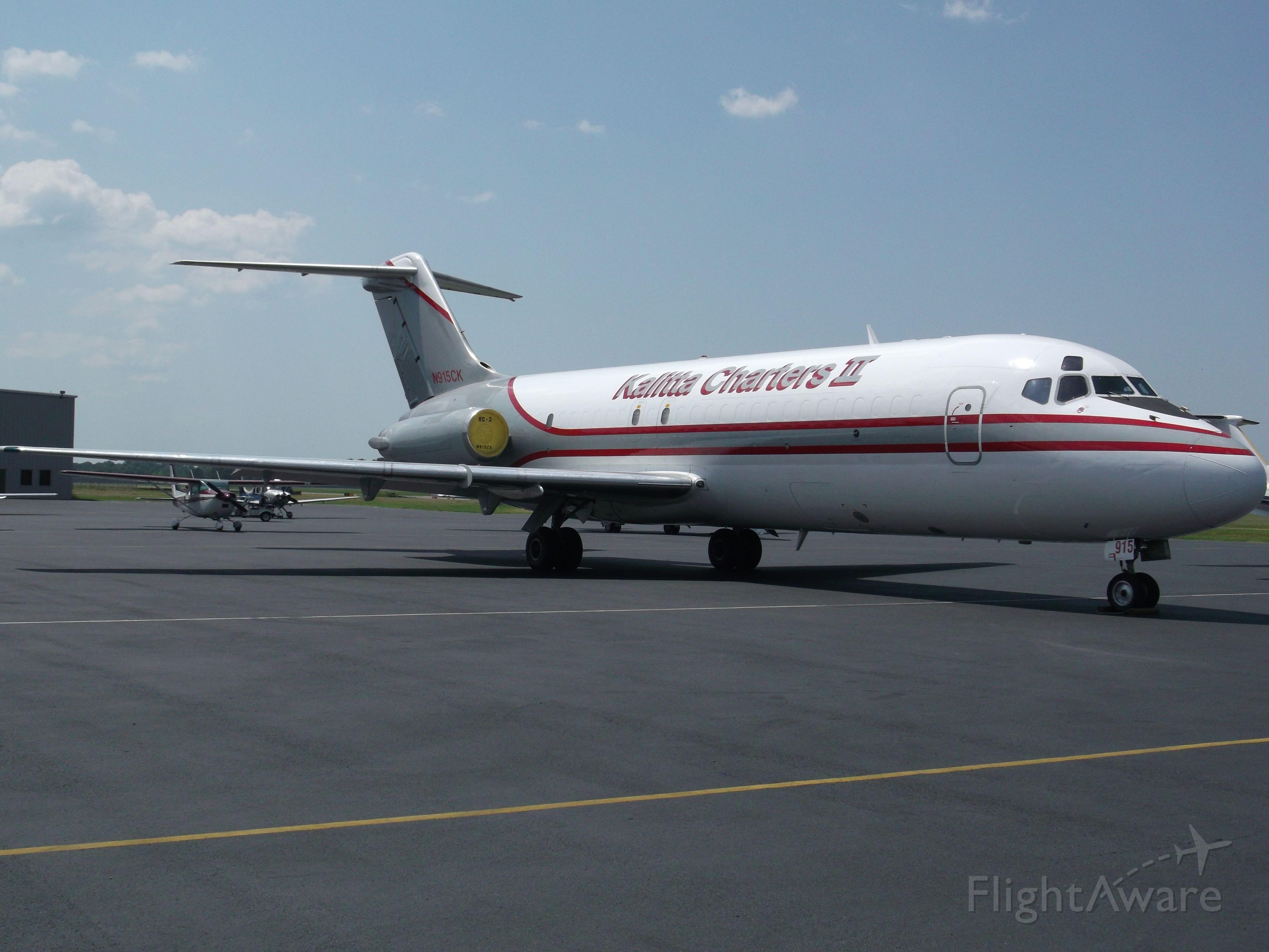 Douglas DC-9-10 (N915CK) - Kalitta Charters II Frieghter
