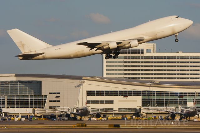 Boeing 747-200 (N704SA) - Mar. 19, 2011.