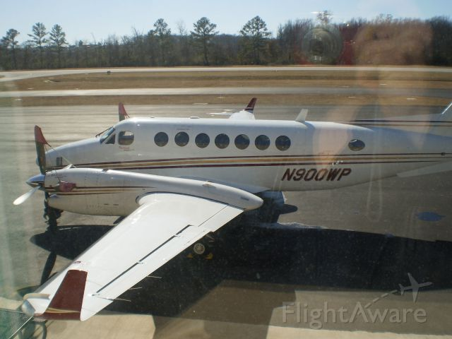 Beechcraft Super King Air 350 (N900WP) - Shelby County