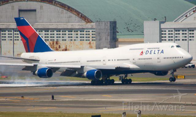 Boeing 747-400 (N664DL)