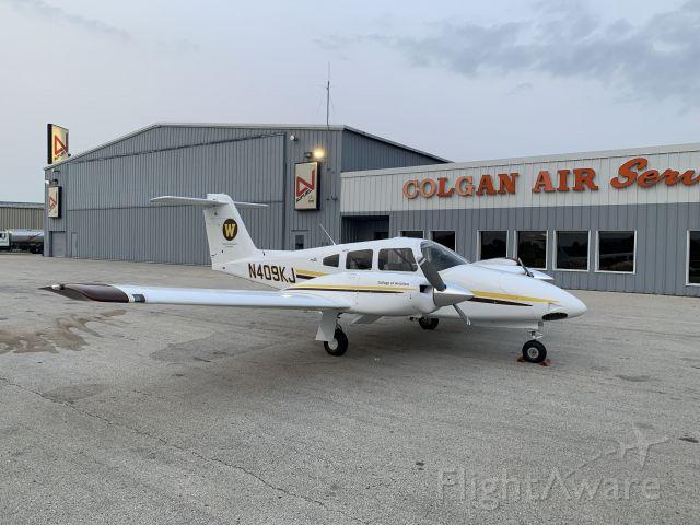 Piper PA-44 Seminole (N409KJ) - Brand new Piper Seminole