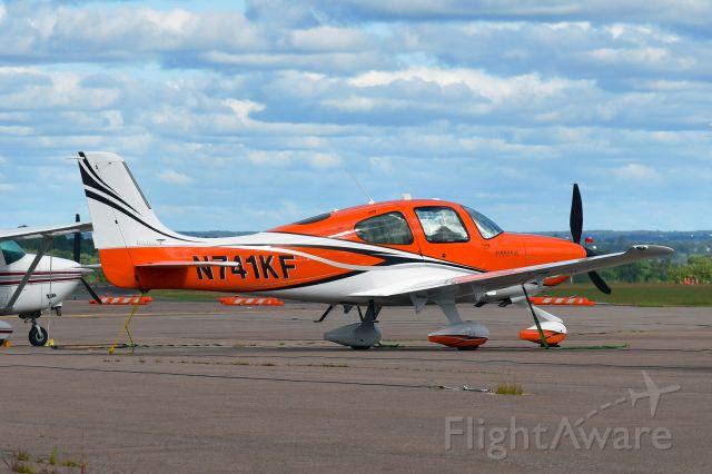 Cirrus SR-22 (N741KF) - Cirrus SR22T N741KF in Charlottetown