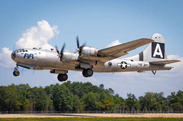 Boeing B-29 Superfortress (N529B)