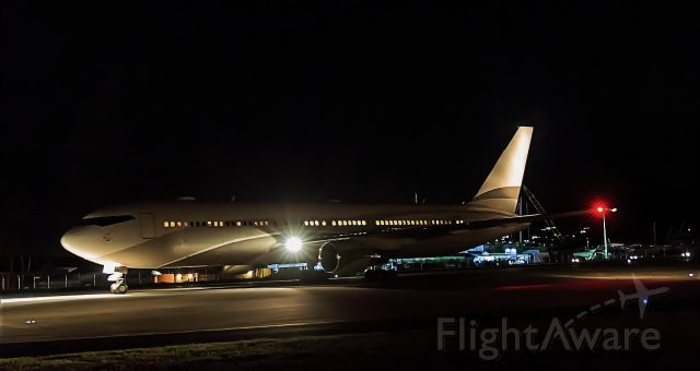 BOEING 767-300 (P4-MES) - P4-MES at night at TNCM St Maarten