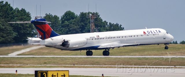 McDonnell Douglas MD-88 (N984DL) - Just rotating on takeoff at GSP.