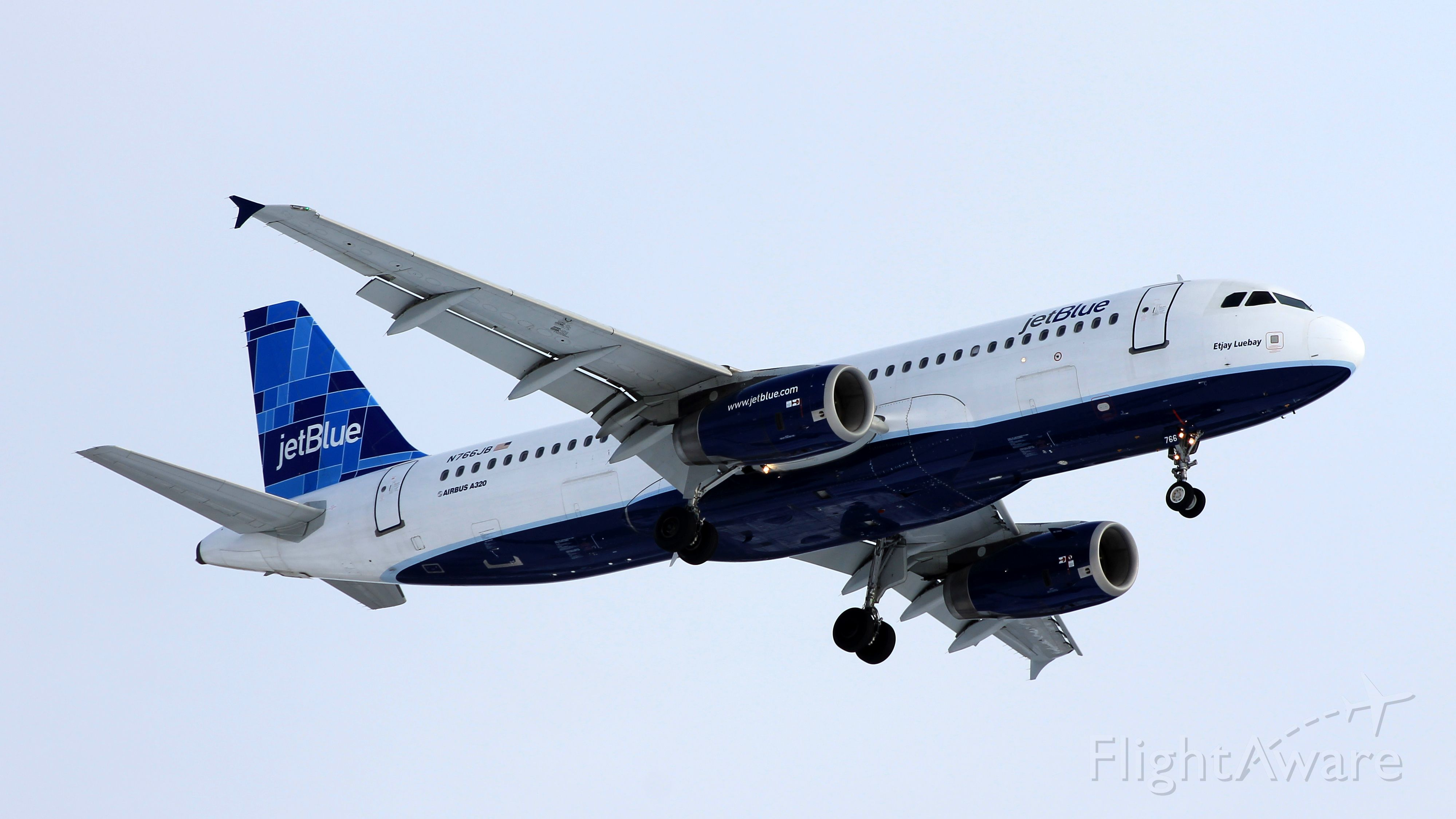 """Airbus A320 (N766JB) - A cold New England afternoon brings with it """"Etjay Luebay"""" from Tampa"""