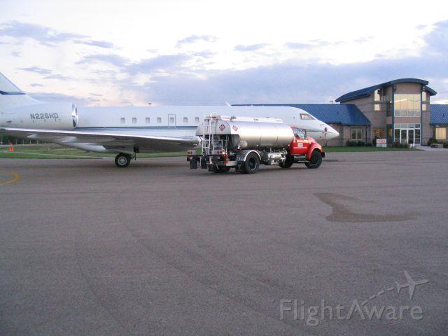 Bombardier Global Express (N226HD) - Currently C-GXMP