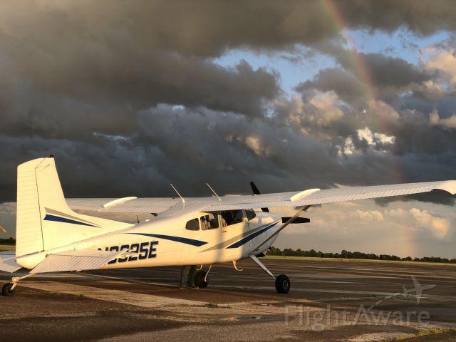 Cessna Skywagon (N6325E)