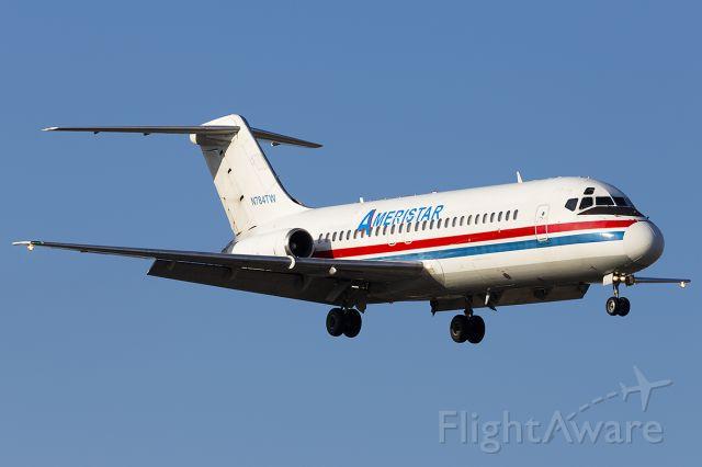 Douglas DC-9-10 (N784TW)