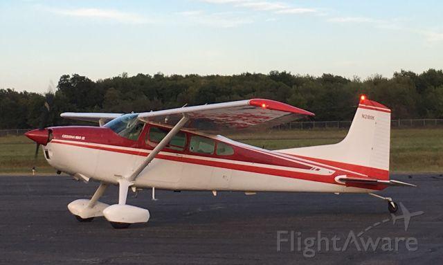 Cessna Skywagon 180 (N2811K)