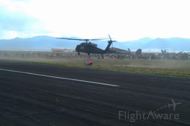— — - Rocky Mountain Fly-in 2010