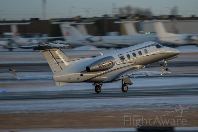 Embraer Phenom 300 (N804SW)