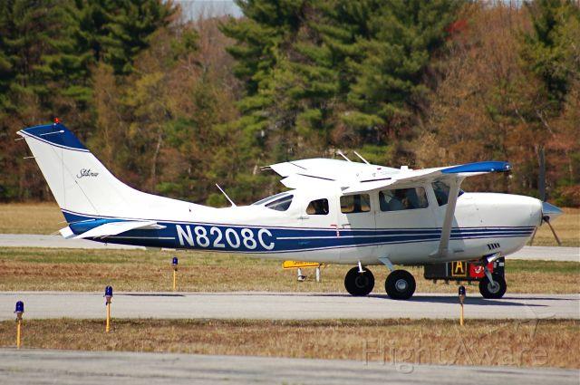 Cessna 206 Stationair (N8208C) - This