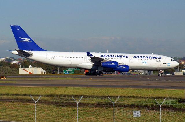 Airbus A340-200 (LV-ZPJ)