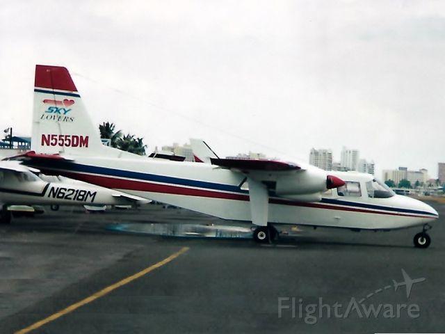 ROMAERO Islander (N555DM)