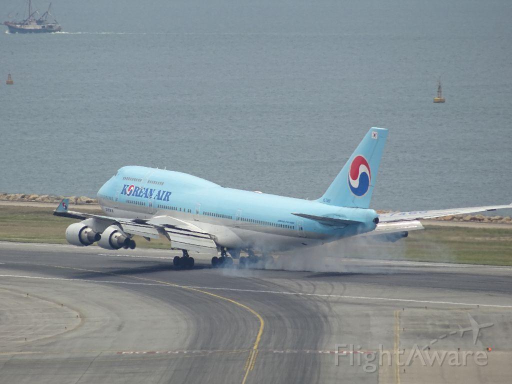 Boeing 747-400 (HL7460)