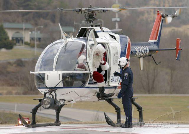 PADC BO-105 (N38VA) - Virginia State Police Aviation EMS-Med-Flight delivering Santa