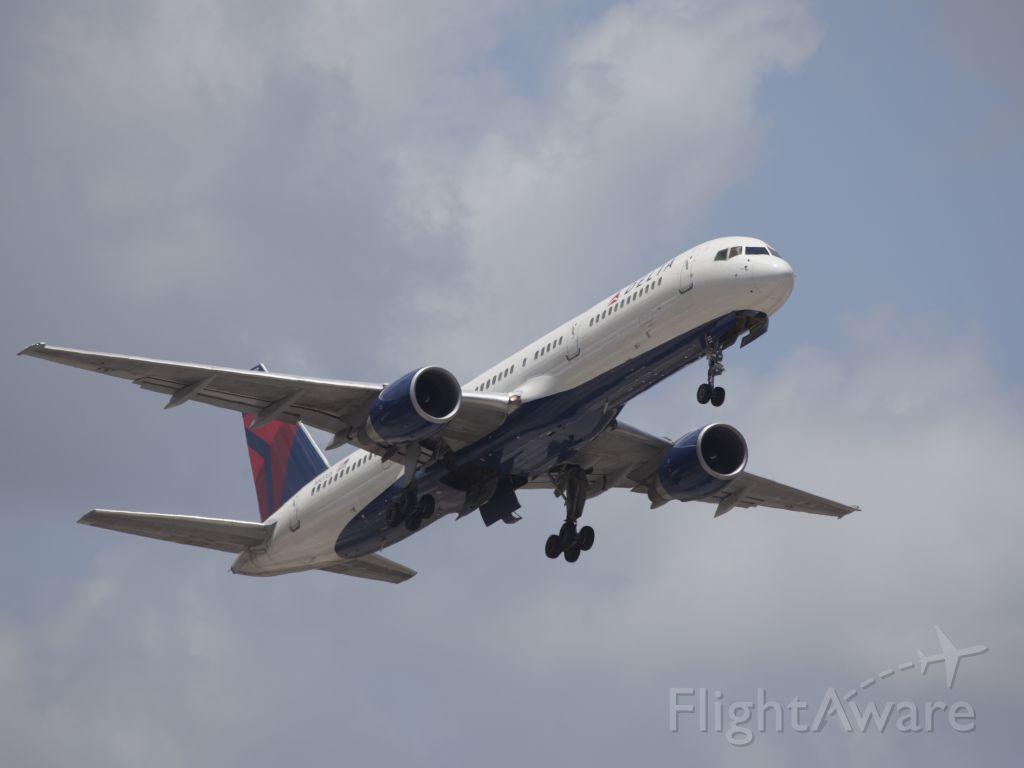 McDonnell Douglas MD-88 (N507US)