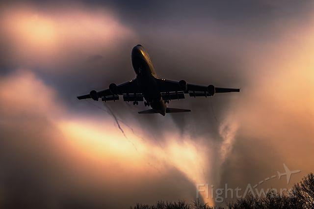 Boeing 747-400 (D-ABVU)