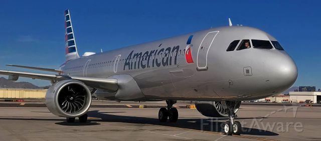 Airbus A321 (N412UW) - phoenix sky harbor 18DEC19