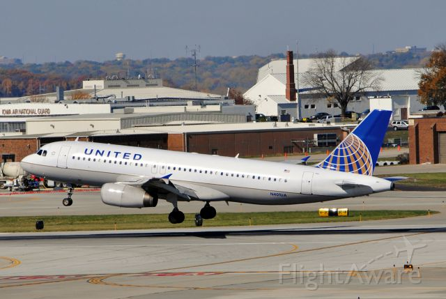 Airbus A320 (N401UA) - Landing runway 23 in Des Moines, IA from Denver, CO. Picture taken on October 15, 2012.