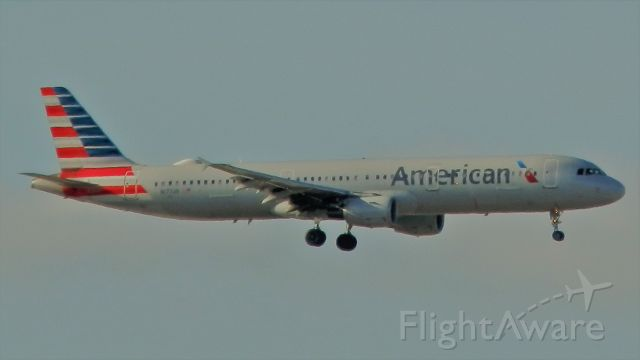 """Airbus A321 (N177US) - An earlier version of the A321""""Note,""""Wingtip fences,Sans Sharklets!"""