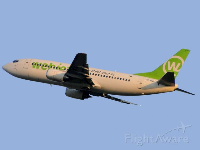 BOEING 737-300 (PR-WJG)