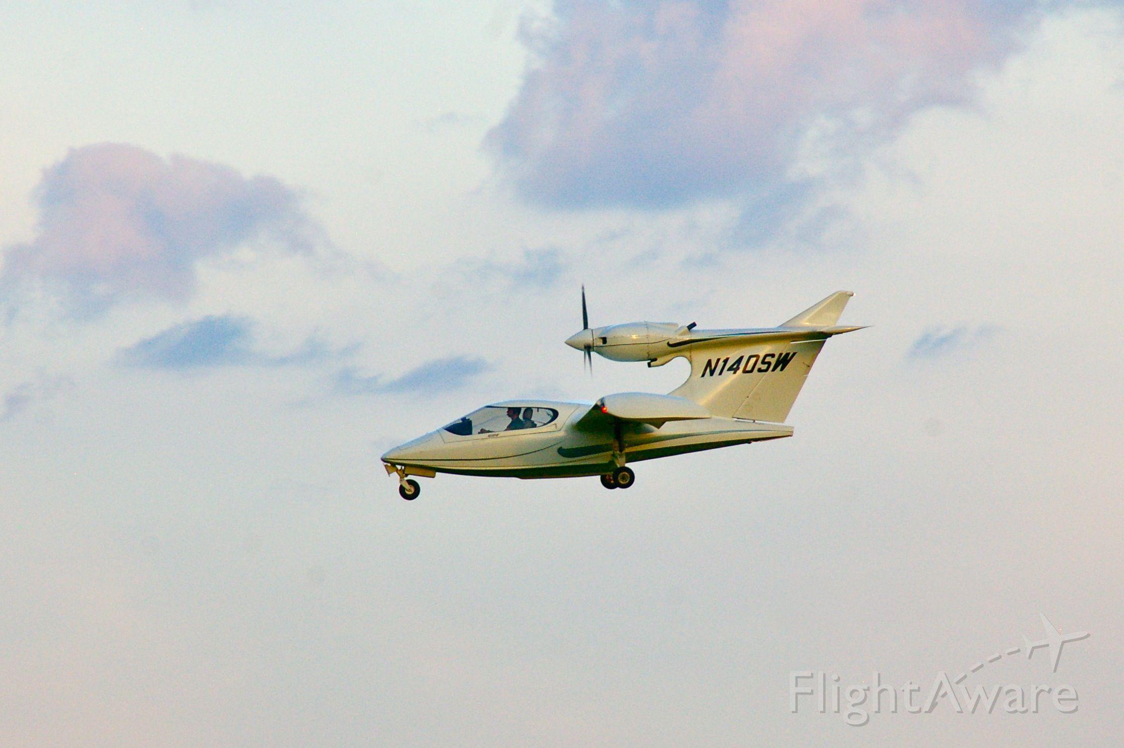 Experimental  (N140SW) - Seawind 3000
