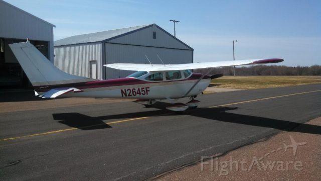 Cessna Skylane (N2645F)