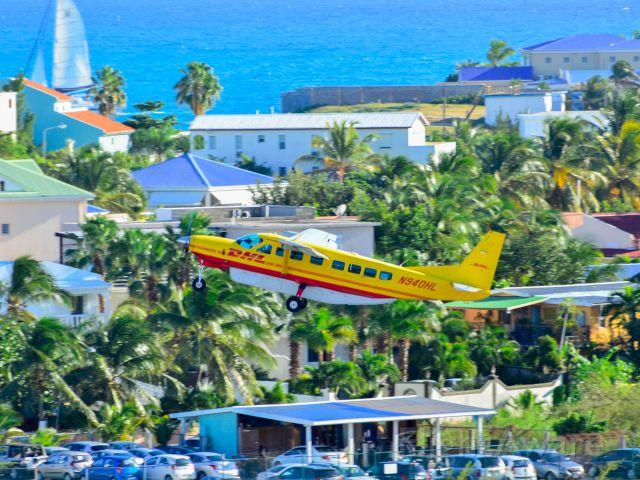 Cessna Caravan (N940HL)